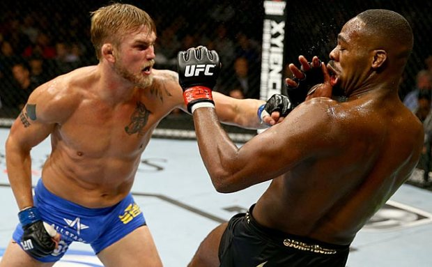 Jones defeats Gustafsson via unanimous decision