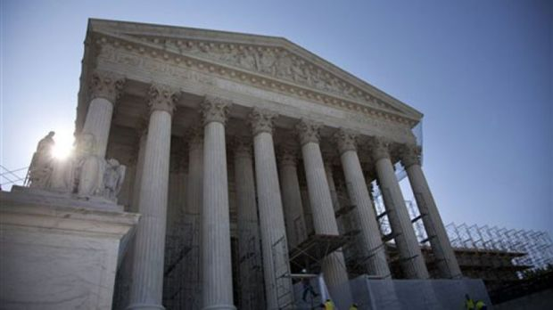 Battle over presidential recess appointments heads to SupremeCourt