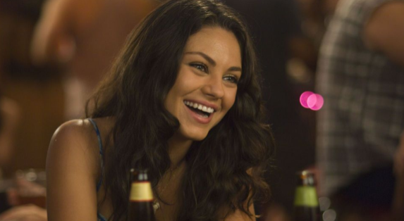 13 Ways You Know You're Dating A High-QualityWoman