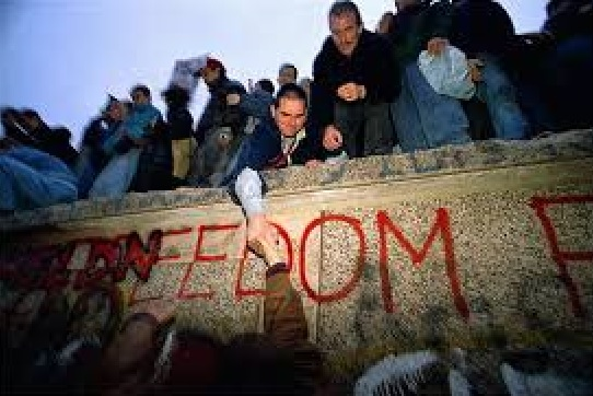 Today is The 25th Anniversary of The Fall of The Berlin Wall