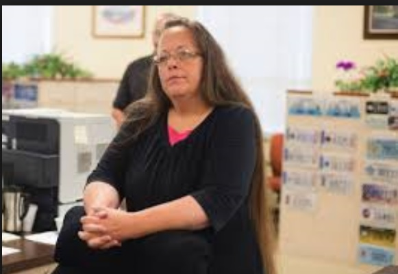 Kim Davis in Jail, Criminal Illegals Out of Jail