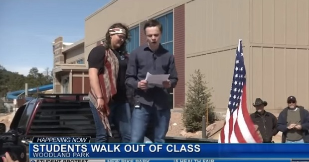 Students hold Pro Second Amendment Rally- And it is real! Not George Sorossponsored!